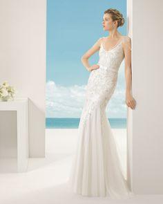 VANESA vestido de novia en tul sedoso y pedrería .