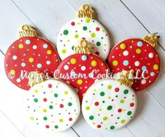 Holiday Christmas Ornaments Custom Decorated Christmas Cookies Sold by the Dozen Weihnachten Christmas Biscuits, Christmas Sugar Cookies, Christmas Snacks, Christmas Cooking, Holiday Cookies, Christmas Ornaments, Christmas Christmas, Christmas Cookie Recipes, Holiday Recipes