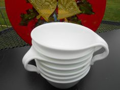 7 Correlle Open Handle White Coffee Cups Vintage 70's.