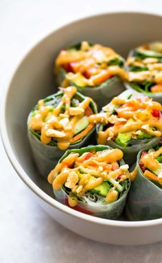 Thai Summer Rolls with Peanut Sauce - a healthy and portable lunch idea! Also: THAT SAUCE. ♡ Vegan. | pinchofyum.com