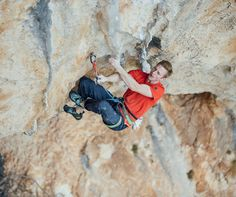 Congrats to Jakob Schubert for making the 2nd ascent of Planta de Shiva, 9b! This means he is now the 4th ever to climb two 9b's.