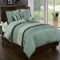 """Grand Park Aqua-Blue Queen size Luxury 7 piece Bed-in-a-Bag inlcuding Comforter, skirt, Throw Pillows, Pillow Shams by Royal Hotel by Royal Hotel. $79.99. 1- cushion 16""""x16"""", 1- breakfast pillow 12""""x16"""", 1- Neck Roll 6.5""""x16"""". Machine wash in cold water. Queen 7-Piece set includes: 1- Comforter 86""""Wx86""""L. 1- Bed Skirt 60""""Wx80""""L, 2- Standard Pillow Shams 20""""Wx26""""L. Material : 100% Polyester. Package Contains 1- Comforter 86""""Wx86""""L, 1-Bedskirt 60""""Wx80""""L, 2-Standard ..."""