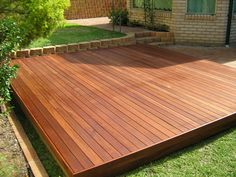 Landscaping Deck Design Ideas for Small Backyards
