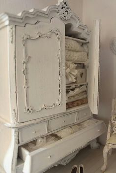 Shabby Chic Cottage Decor | Wardrobe | cottage decor/ shabby chic