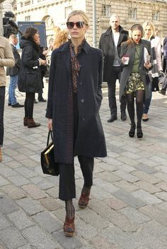 London Fashion Week Fall 2012 Street Style Photo 51  Laura Bailey again