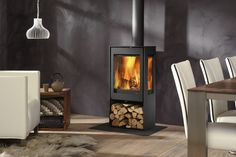 Dik Geurts Kalle stove is a longstanding favourite model from the Dik Geurts col… - Wood Burning Fireplace Inserts Log Burner Living Room, Log Burner Fireplace, Wood Burner, Wood Burning Logs, Wood Burning Fireplace Inserts, Electric Log Burner, Electric Stove, Inset Stoves, Wood Stoves