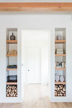 DOMINO:10 Built-In Bookshelves That Did It Right