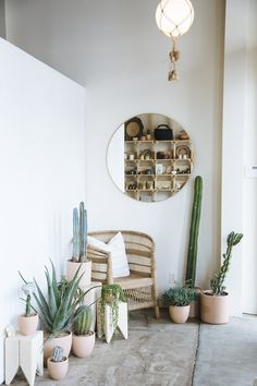 Take a Seat with Paige Appel and Kelly Harris of Midland A conversation with the founders of Midland Shop on how they've built their biz, how work-life balance is achievable, and how asking for help isn't a bad thing. Anthropologie Home, Take A Seat, Patio Design, Backyard Patio, Porch Decorating, Home Decor Accessories, Contemporary Furniture, Interior Inspiration, Outdoor Spaces