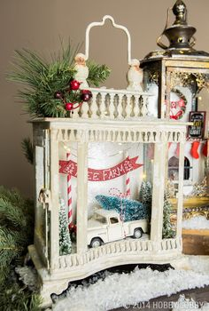 Inspiring Rustic Christmas Lantern Ideas For Your Porch Decoration 19