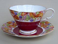Paragon Wild Blackberry Tea Cup Saucer 94405/2 Floral Scalloped Rim Red UK Vtg #Paragon