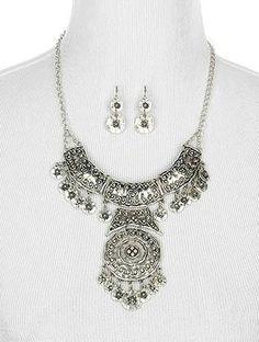 Mira este artículo en mi tienda de Etsy: https://www.etsy.com/listing/231138660/authentic-gypsy-soul-necklace-and