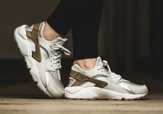 The ladies get a new premium edition of the Nike Air Huarache this spring, with a feature you've never seen before on the iconic 1991 running shoe. The colorway stays neutral in off-white and gum tones—that's nothing new—but it does … Continue reading →