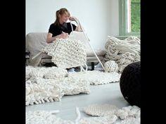 Как нарезать полоски для коврика из футболок и других вещей - YouTube