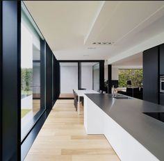 The famous residence House DS is created by the graux & baeyens architecten and it is really big and beautiful. Here are some of the best images of House DS for you. Interior Minimalista, Dark Interiors, Cuisines Design, Küchen Design, Floor Design, Kitchen Interior, Modern Interior, Luxury Interior, Interior Architecture