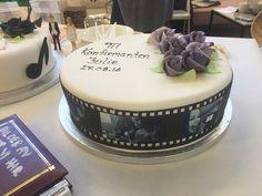 Konfirmasjonskake fra Naturbakst i Haugesund Cake Decorating Piping, Food And Drink, Desserts, Tailgate Desserts, Deserts, Postres, Dessert, Plated Desserts