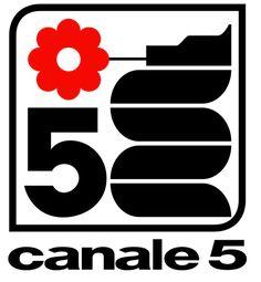 """DEBUTTO DI CANALE 5: 30/09/1980 Il logo del canale, con il """"biscione"""" Fininvest"""