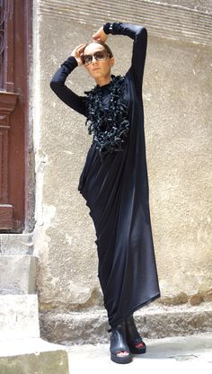 NEW Collection Black Extravagant Maxi Dress / Viscose Maxi Anti Fashion, Style Challenge, Fashion Challenge, Comfy Dresses, Maxi Dresses, Dresses With Sleeves, Trending Outfits, Stylish, Long Sleeve