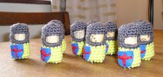 Making loads of these #crochet #cork #soldiers from this free tutorial http://lucyravenscar.blogspot.fi/2010/02/cork-and-crochet-knights-ninjas-and.html
