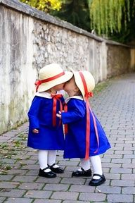 Baby Madeline costume - if I ever have twins this will happen.