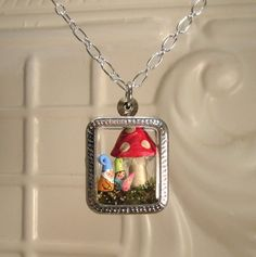 Mamá, papá y bebé Gnome familia terrario colgante - personalizado - orden de encargo - primavera gran regalo  collar de terrario  Representar a su