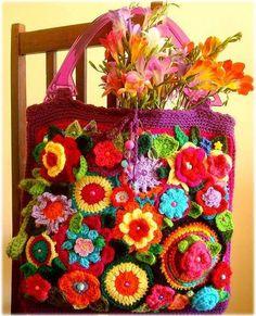 Floral crochet bag!