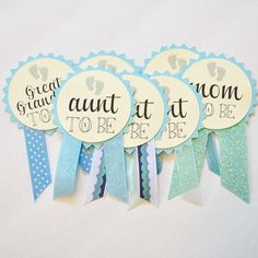 Custom Baby Shower Pins Rose Gold Baby Shower Baby Shower Decorations Girl Baby Shower Baby Shower Gift Baby Shower Favors - Color Name Baby - Ideas of Color Name Baby - Custom Baby Shower Pins Juegos Baby Shower Niño, Distintivos Baby Shower, Baby Shower Invitaciones, Shower Bebe, Gold Baby Showers, Baby Shower Gender Reveal, Baby Shower Favors, Baby Shower Themes, Baby Shower Gifts