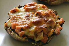 Receita de Cogumelos Portobelo Recheados - http://www.receitasja.com/receita-de-cogumelos-portobelo-recheados/