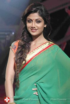 Shilpa Shetty Gren Transparent Saree