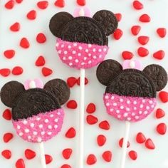 Minnie Mouse Oreo Pops or Cookies, a great treat for Valentines or Birthdays (instructions for Mickey Mouses too).
