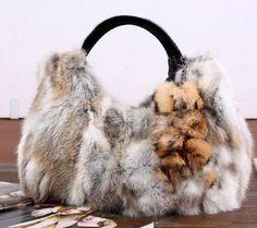 Fun! Fur Purse, Fur Bag, Craft Fur, Fabulous Furs, My Bags, Purses And Handbags, Christmas Fashion, Rabbits, Leather Bag