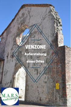 Venzone - eine Stadt auferstanden aus den Trümmern der großen Erdbeben in Friaul im Jahr 1976 Mount Rushmore, Mountains, Places, Nature, Travel, Blog, Earth Quake, Convertible, Tours