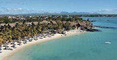 Dans un cadre d'exception, face á lagon turquoise, au nord de l'île Maurice à l'abri des alizés, le Royal Palm est une oasis de sérénité aux espaces harmonieusement aménagés entre plage de sable fin et jardins tropicaux.