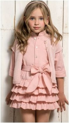 Belans Leon - It's a Girl Cute Little Girl Dresses, Dresses Kids Girl, Cute Girl Outfits, Kids Outfits, Flower Girl Dresses, Little Girl Fashion, Kids Fashion, Kids Frocks, Stylish Kids