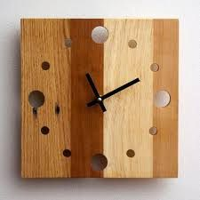 Square Reclaimed Shipping Pallet Clook by PalletArt Wall Clock Wooden, Wood Clocks, Wood Wall, Diy Clock, Clock Decor, Clock Ideas, Pallet Clock, Palette Diy, Wood Pallets
