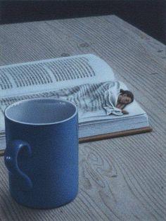 C'est mon trip en ce moment... je lis jusqu'à ce que je sois tellement épuisée que je m'endors sans réfléchir....