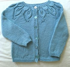 Ravelry: Project Gallery for Lille Dahlia Trøje pattern by Lene Holme Samsøe Knitting For Kids, Free Knitting, Knitting Projects, Baby Cardigan Knitting Pattern, Baby Knitting Patterns, Kids Patterns, Baby Sweaters, Toddlers, Free Pattern