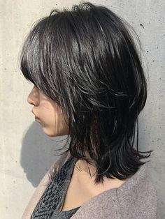 Pin on ヘア Edgy Short Hair, Asian Short Hair, Messy Hairstyles, Pretty Hairstyles, Cut My Hair, Hair Cuts, Hidden Hair Color, Ulzzang Hair, Haircuts Straight Hair