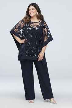 Sequin Lace Plus Size Pantsuit with Sheer Poncho Style Navy, Der Hosenanzug ist eine Abkü Plus Size Formal Dresses, Plus Size Gowns, Plus Size Outfits, Plus Size Womens Clothing, Plus Size Fashion, Mother Of The Bride Plus Size, Modelos Plus Size, Mothers Dresses, Ideias Fashion