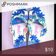 Pair of Hawaii beach flip flops. Medium  size 7-8 Pair of Hawaii beach flip flop. Size medium. Fits 7-8 Shoes Sandals
