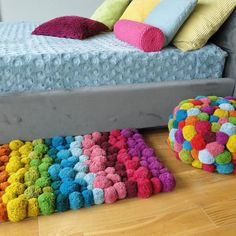 Timestamps DIY night light DIY colorful garland Cool epoxy resin projects Creative and easy crafts Plastic straw reusing ------. Diy Pom Pom Rug, Pom Pom Crafts, Pom Poms, Yarn Crafts, Pom Pom Mat, Pom Pom Flowers, Diy Home Crafts, Diy Crafts To Sell, Crafts For Teens To Make
