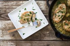 Cooking a tender pork chop doesn have to be complicated with this recipe for braised pork chops. Cooking Boneless Pork Chops, Braised Pork Chops, Tender Pork Chops, Easy Pork Chop Recipes, Pork Recipes, Cooking Recipes, Healthy Recipes, Recipies, Spinach Recipes