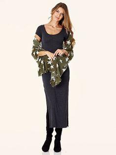Εσάρπα με σχέδια αστέρια #style #fashion #moda