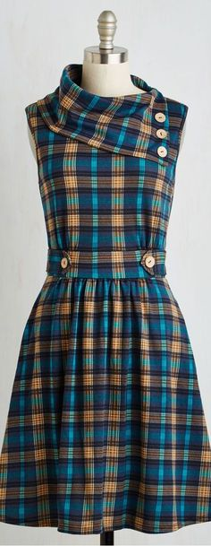 Need a stylist, unique plaid dress? Check out ModCloth's selection of checkered dresses, flannel dresses and more! Shop for your perfect plaid dress today. Vestidos Vintage Retro, Retro Vintage Dresses, Vintage Mode, Vintage Inspired Dresses, Retro Dress, Fall Dresses, Cute Dresses, Casual Dresses, Vestido Casual