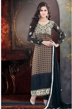 Designer Party Wear Anarkali Style Salwar Kameez Set.