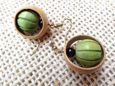 BO boucles d'oreilles ethniques végétales bois : Boucles d'oreille par fleur-de-pluie
