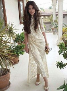 Indian wear with Lace Eid Outfits, Pakistani Outfits, Indian Outfits, Indian Attire, Indian Wear, Indian Designer Outfits, Designer Dresses, Vogue, Pakistan Fashion