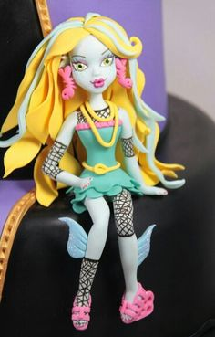 Monster High. Pasta flexible.
