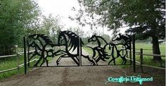 Super cool metal horse gate!! Now that's artistic!  Cowgirls Untamed