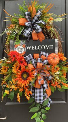 Fall Wreaths, Door Wreaths, Wreaths For Front Door, Grapevine Wreath, Front Door Decor, Deco Mesh Wreaths, Diy Wreath, Welcome Fall, Sunflower Wreaths
