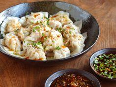 水餃子 shuǐjiǎo (boiled gyoza)